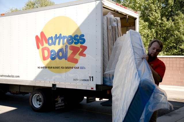 mattress-delivery3